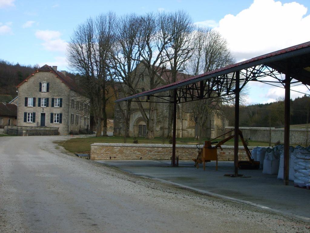Burgund 135